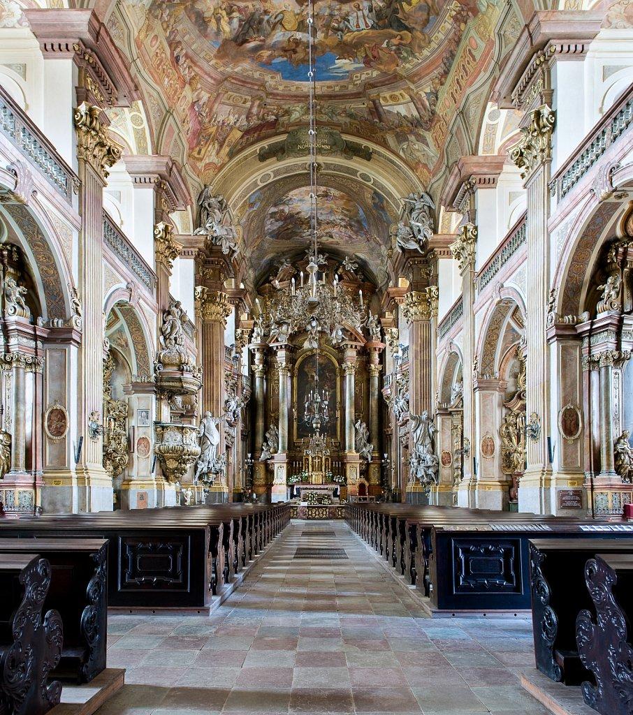 WROCLAW-Universitaetskirche-zentral-SW.jpg